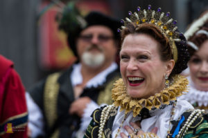Long May She Reign - With  Connie Pfeiffer, ORF's Queen Elizabeth I