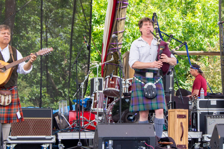 The Piper Jones Band on the main stage